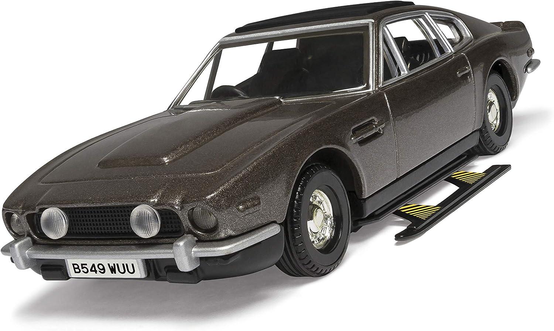 Corgi Cc04804 James Bond Aston Martin V8 Vantage Volante The Living Daylights Modellauto 1 36 Amazon De Spielzeug