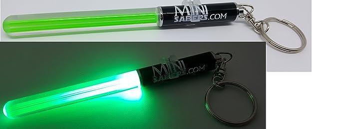 Amazon.com: Verde Mini luz Saber Llavero parte Star Wars ...