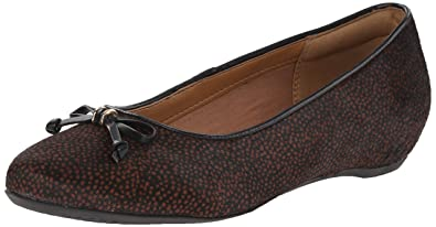 Clarks Women's Alitay Giana Flat, Black with Brown Spot/White Hair Calf, 6.5