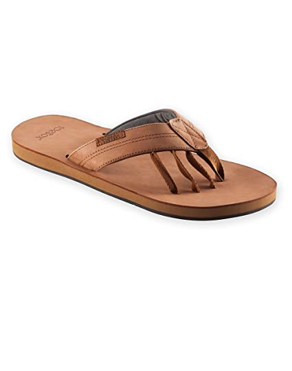 20af71ace850 Amazon.com  ToeSox Men s Encino Leather Five Toe Leather Sandal ...