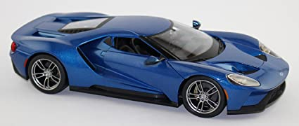 by Maisto 1:18 scale diecast model 2017 Ford Gt blue-Special Edition