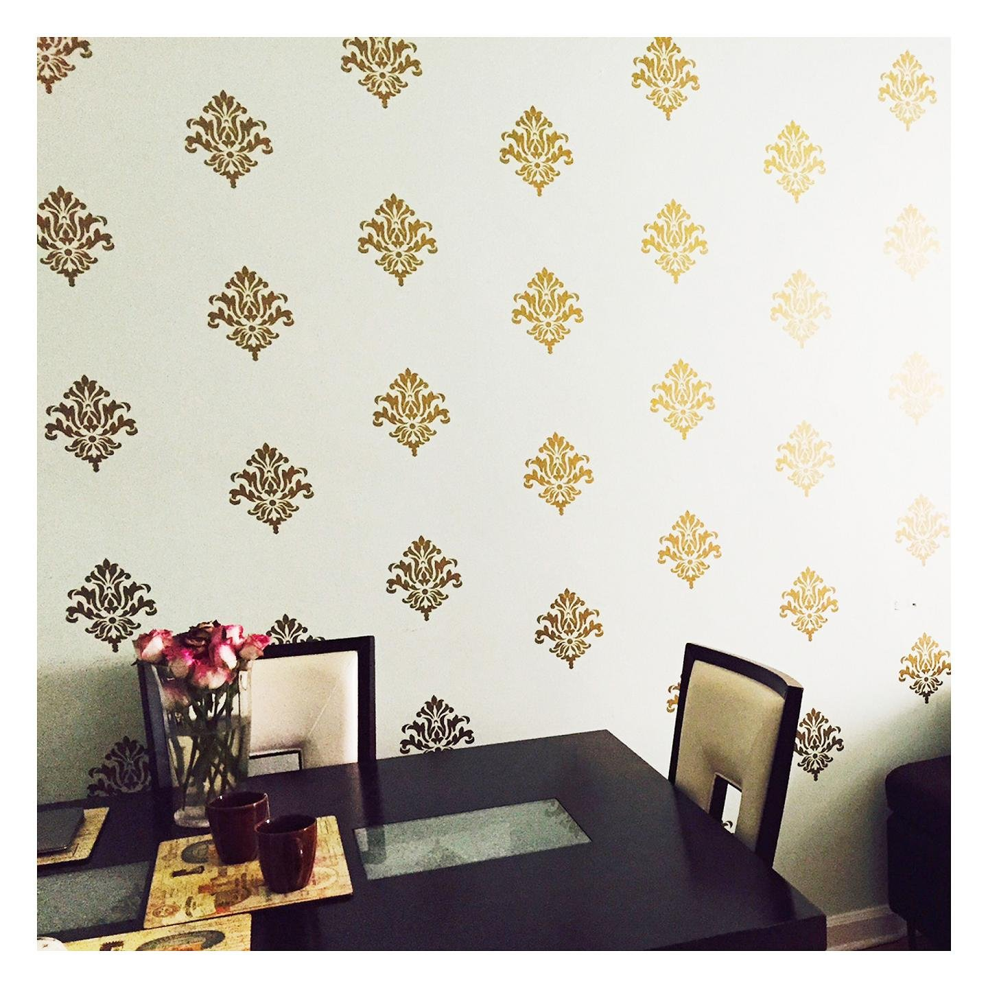 Amazon com damask set of 18 vinyl wall decal self adhesive wall pattern stickers gold home kitchen