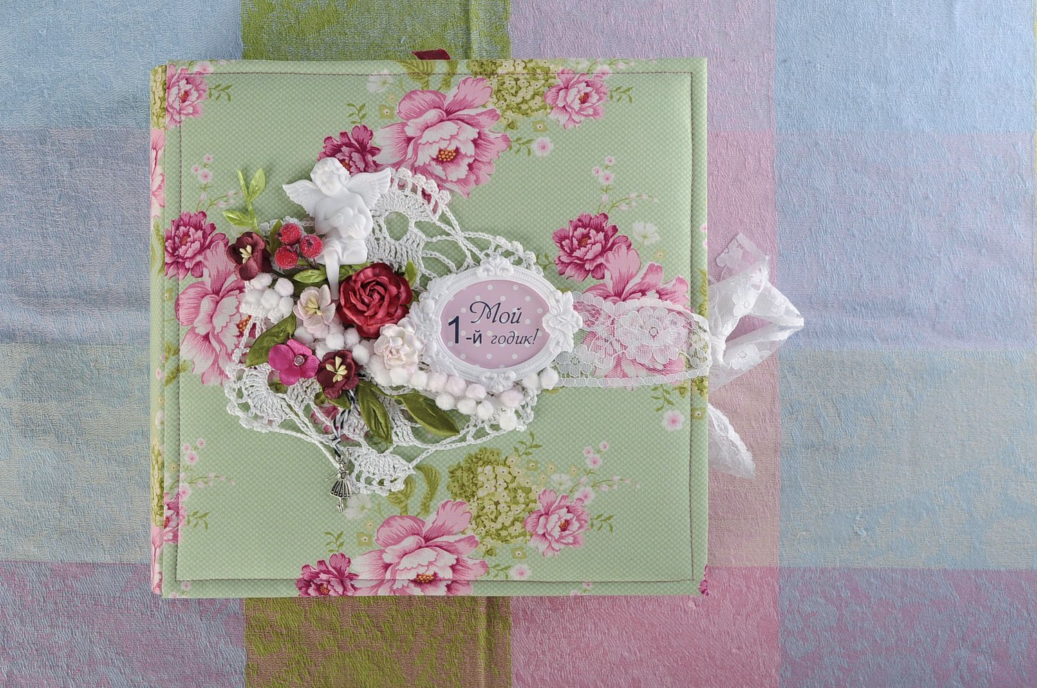 Handmade Beautiful Scrapbooking Photo Album for the One-year-old Girl Gift Ideas