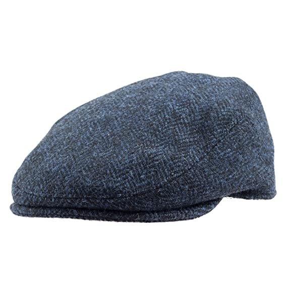 5a871f9ead107 Failsworth Hats Harris Tweed Flat Cap  Amazon.co.uk  Clothing
