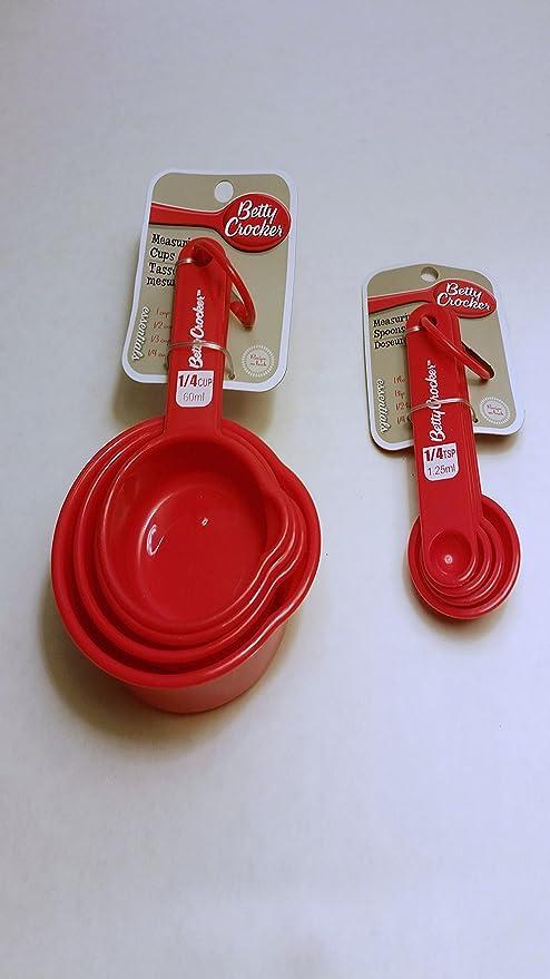 Betty Crocker Nesting Measuring Spoon Set