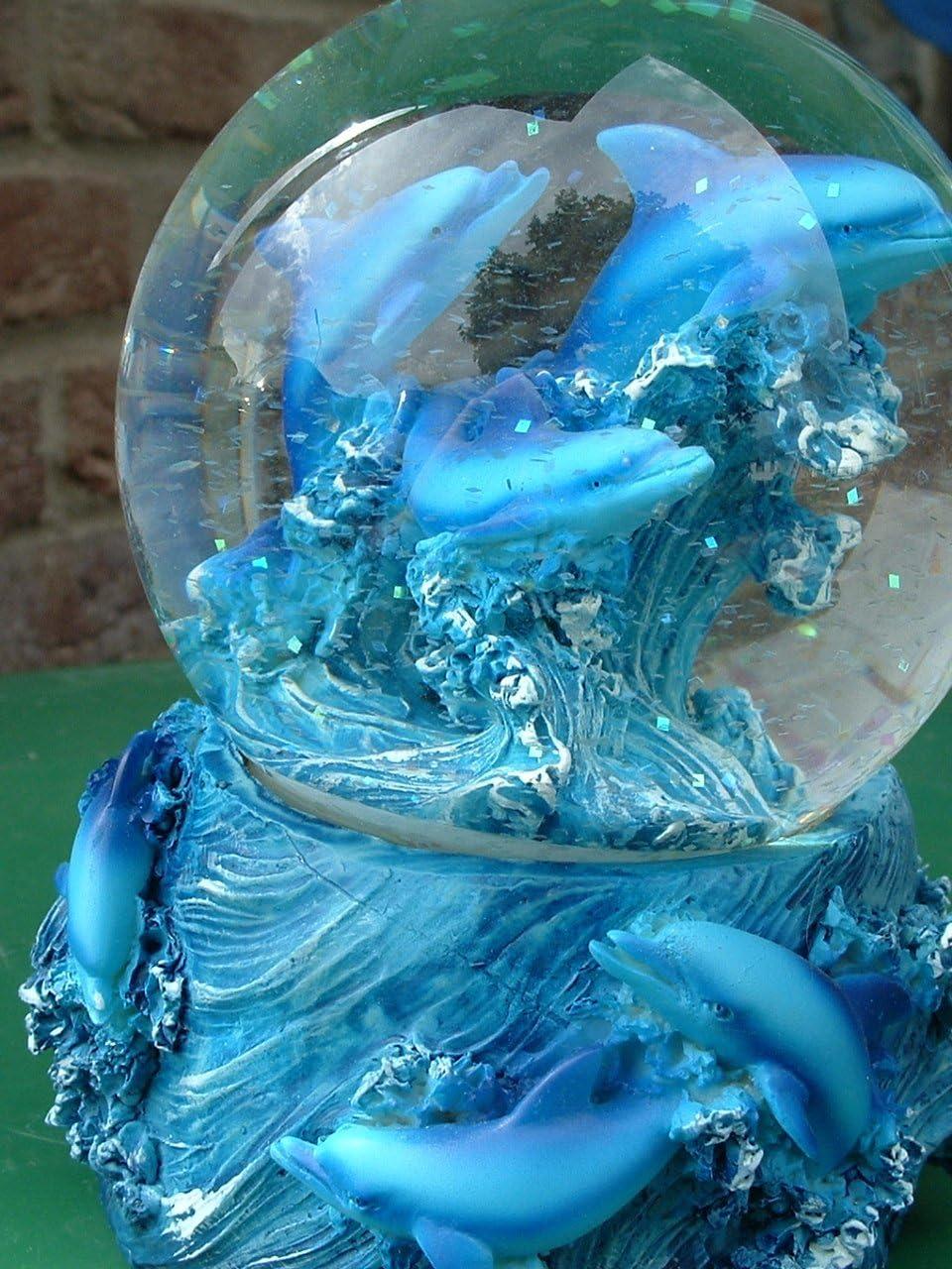b Impexit Schneekugel Delfin mit Figur Delfin Plus Baby aus Kunstharz 6,5//8,5//7 cm