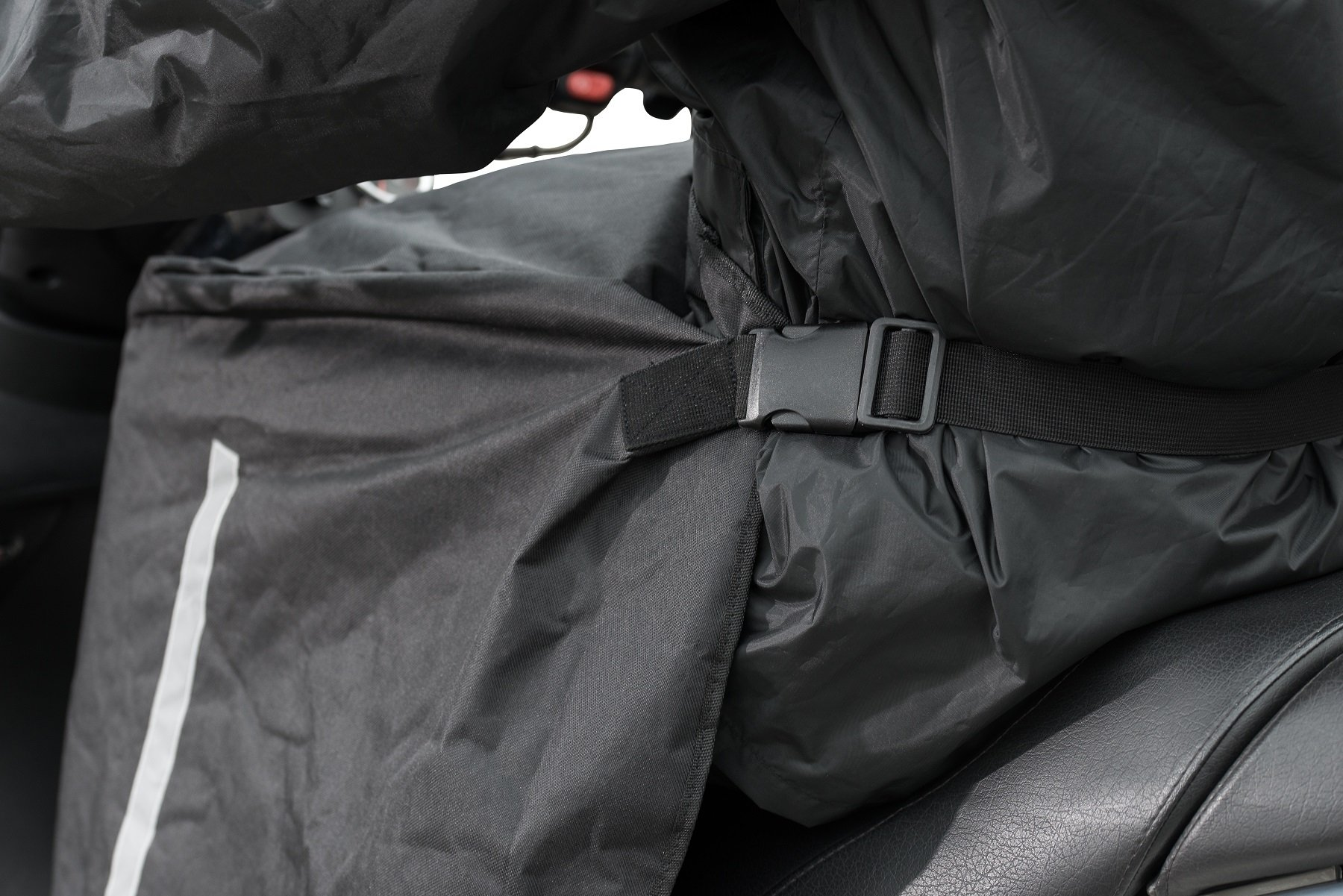 MQS 310800 Motorcycle Scooter Rain Apron You