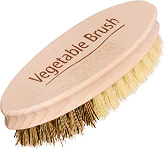 REDECKER Hard and Soft Side Vegetable Brush, Durable Beechwood Handle, 2 Different Bristle Strengths for Cleaning Delicate or Tough-Skinned Vegetables, 5-1/4 inches, Made in Germany