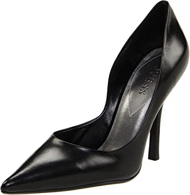 7f414bad9477 Amazon.com | GUESS Women's Carrie Dress Pump | Pumps