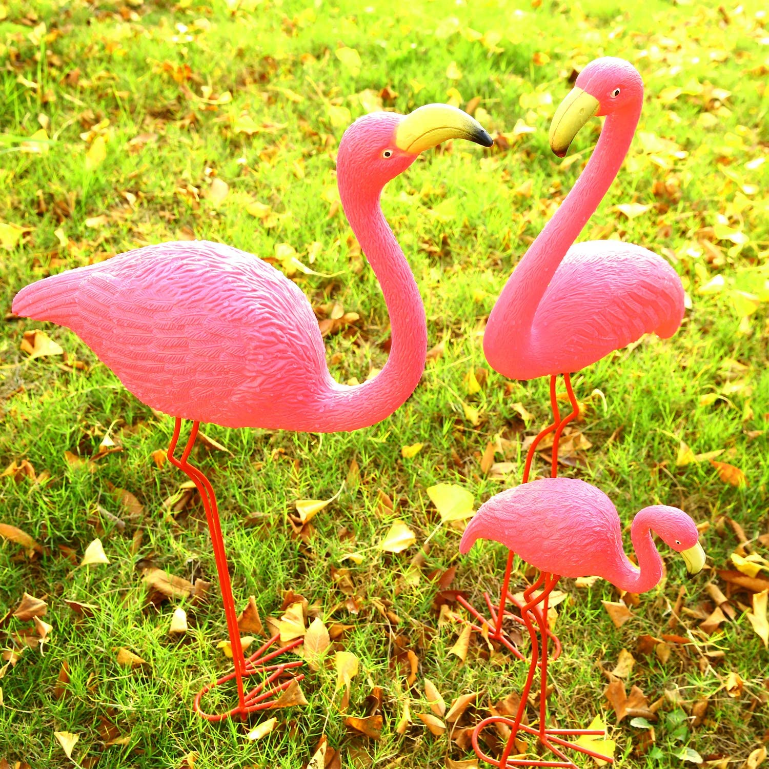 "Ohuhu Family Flamingo Yard Ornaments, Set of 3 (32"", 31"", 19"") Bright Pink Flamingos Family with Metal Feet Stakes for Garden/Yard/Patio Decoration, Great Christmas Decor Outdoor Gift Present Idea : Garden & Outdoor"