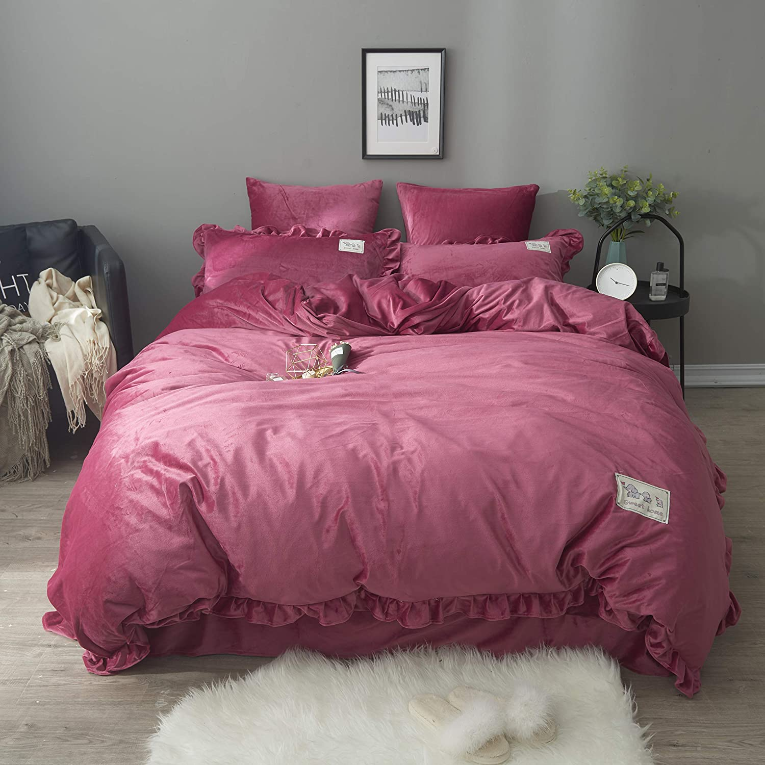 DOLDOA 100% Velvet Flannel Duvet Cover Set,3 Piece Soft Warm Bedding Comforter Cover Set Perfect for Winter,Great Gift for Famliy,Friend (Queen - 90 x 90 inch, Red)