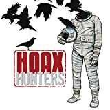 img - for Hoax Hunters (Issues) (16 Book Series) book / textbook / text book