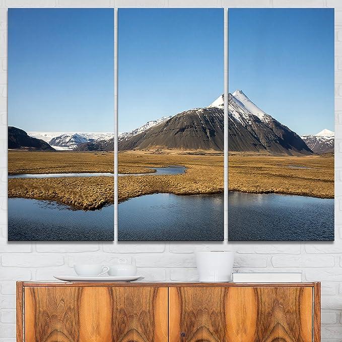 Amazon Com Designart Scenic Southern Iceland Landscape Photo Canvas Art Print 36x28in Multipanel 3 Piece 36x28 3 Panels Blue Home Kitchen