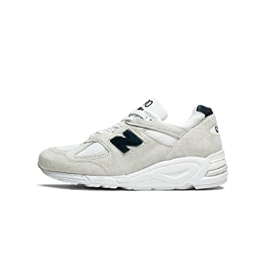 official photos 2d301 d2ec1 Amazon.com   New Balance Mens Made In The USA M990W Shoes   Fashion Sneakers
