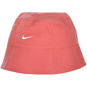 Nike Unisex Kids Childrens Sun Holiday Beach Bucket Hat Cap  Amazon ... b1927ff47f4
