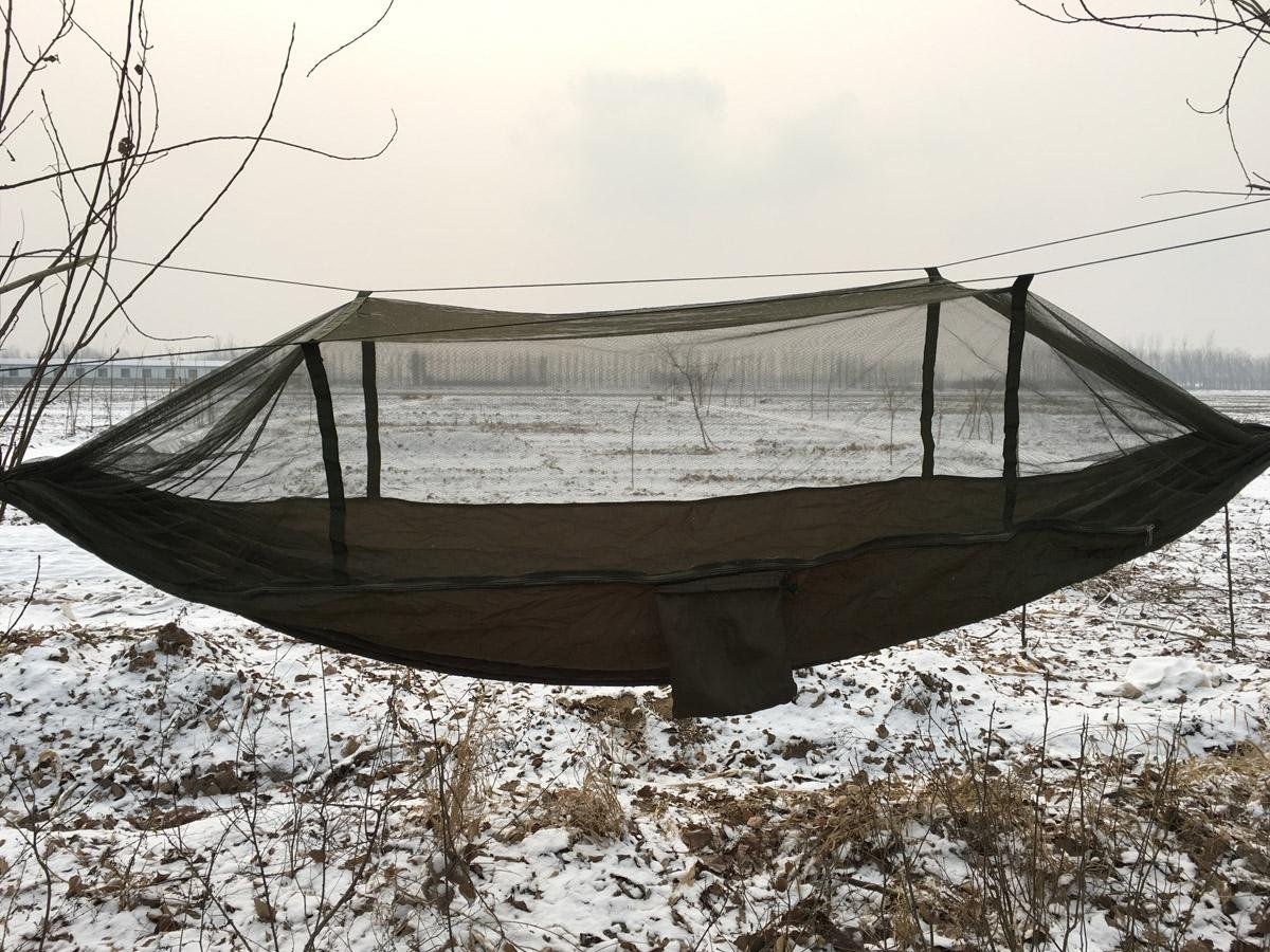 Hbzll 240 x 140 Tragbarer Armee Grün Hohe Festigkeit Parachute Nylon Camping Moskito Hängematte mit Moskitonetz