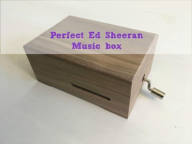 Caja de música con la melodía * Perfect * de * Ed Sheeran * adaptada a