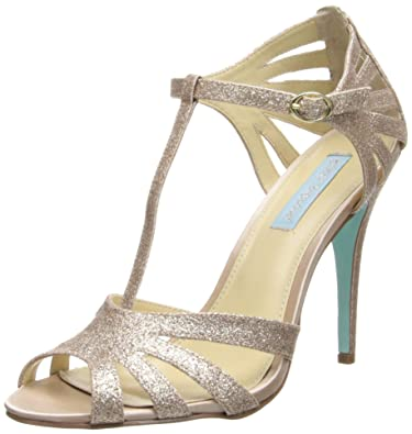 Blue by Betsey Johnson Women's SB-Tee Dress Pump,Champagne,5.5 ...