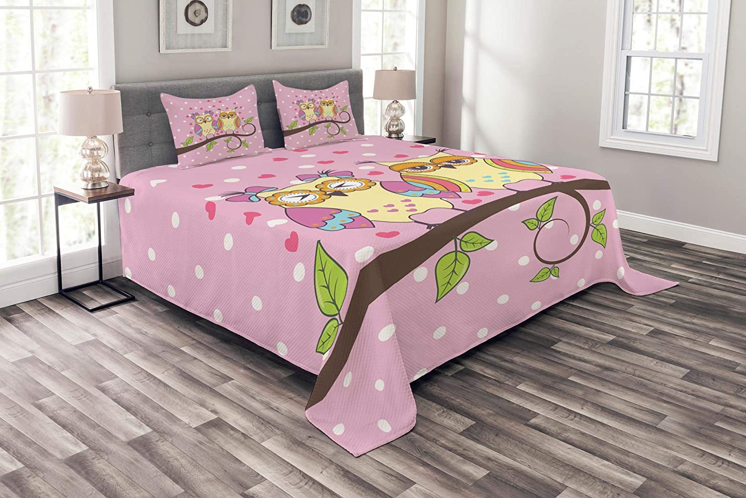 Ambesonne Owls Bedspread, Owls in Love on Branch Polkadots Leaves Hearts Romance Theme, Decorative Quilted 3 Piece Coverlet Set with 2 Pillow Shams, Queen Size, Yellow Apple