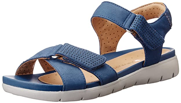 Clarks Women's Un Saffron Leather Flip-Flops Other - House Slippers Flip-Flops & House Slippers at amazon