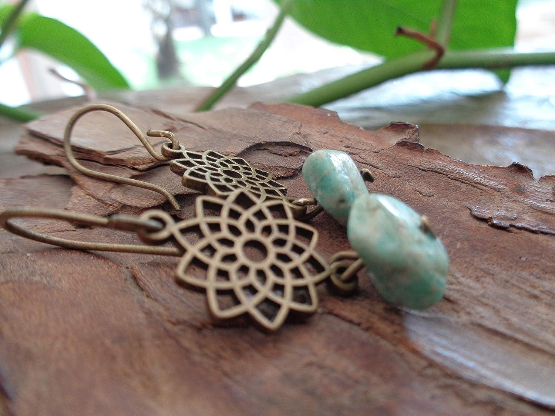☘ Mandala de la estrella EN BRONCE Y PIEDRAS azul hielo ☘ pendientes, hechos a mano en bronce