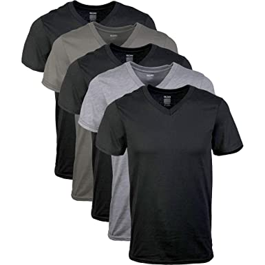 8185a158d43f Gildan Men s Assorted V-Neck T-Shirts Multipack at Amazon Men s Clothing  store