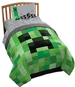 Jay Franco Mojang Minecraft 4 Piece Twin Bed Set - Includes Reversible Comforter & Sheet Set - Bedding Features Creeper - Super Soft Fade Resistant Polyester - (Official Mojang Product)