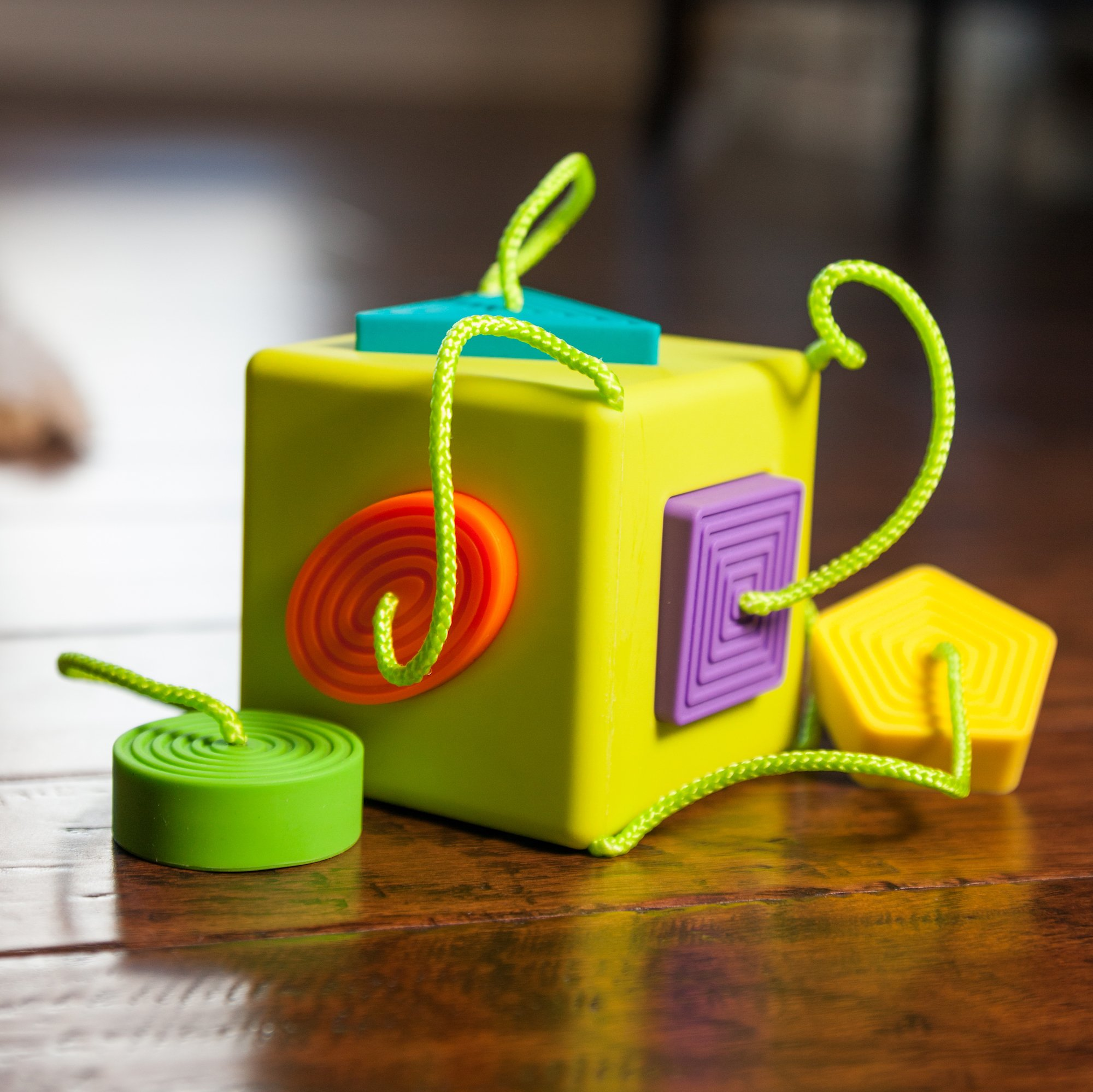 Oombee Cube Sorter by Fat Brain (Image #2)