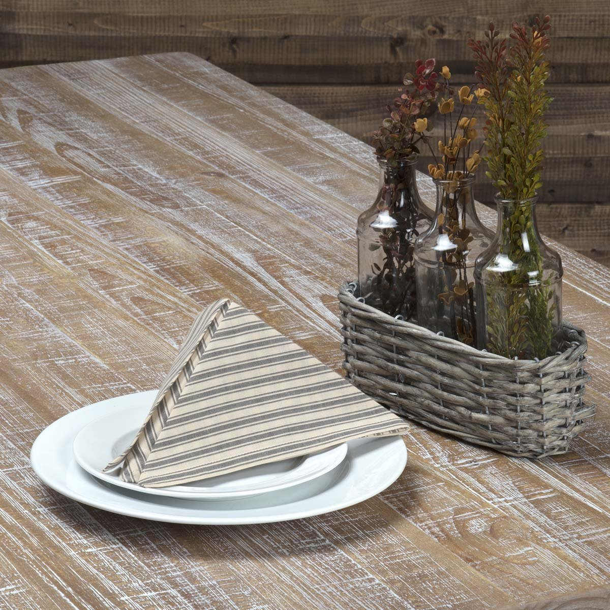 Kendra Stripe White Napkin Set of 6 Red VHC Brands Classic Country Farmhouse Tabletop /& Kitchen