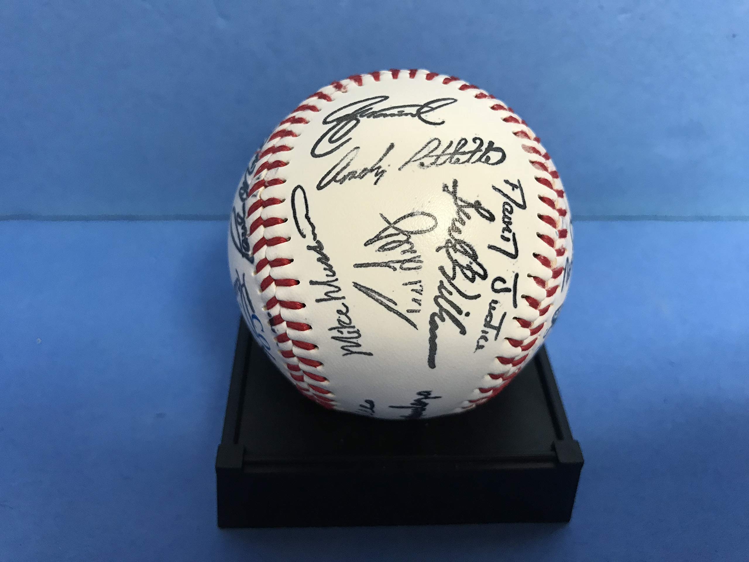 New York Yankees FACSIMILE Team Baseball Derek Jeter, Mariano Rivera, Bernie Williams, Andy Pettitte plus many more
