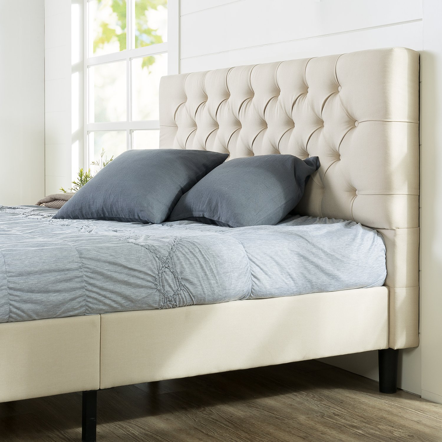 Zinus Misty Upholstered Modern Classic Tufted Platform Bed / Mattress Foundation / Easy Assembly / Strong Wood Slat Support, Queen by Zinus