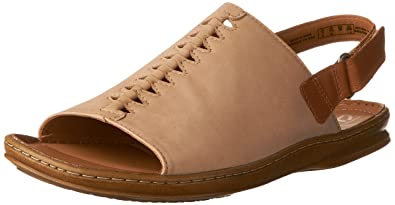 b9871daaf8 Amazon.com | Clarks Sarla Forte Womens Flat Slingback Sandals | Flats