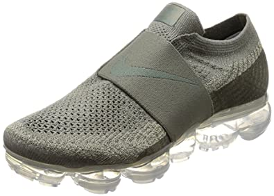7a7aac23147 Nike Womens Air Vapormax Flyknit Moc Running Shoe (6.5)