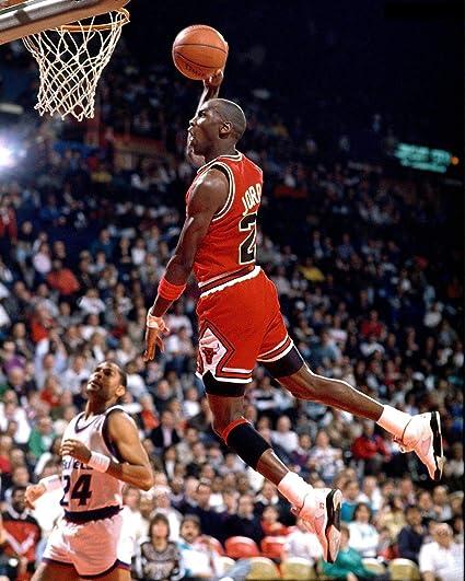 Nouveaux produits c5953 8ce02 Amazon.com: Michael Jordan Dunk 11 x 14 Canon Film Photo ...