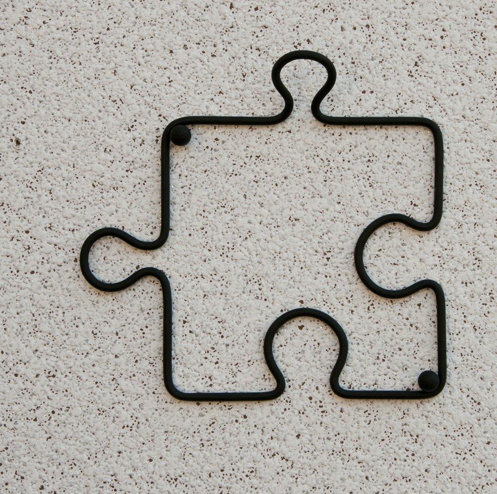 DanDiBo Designer Clothes Hook Puzzle 20 cm Black Wardrobe Wall Hook Hook Made from Metal