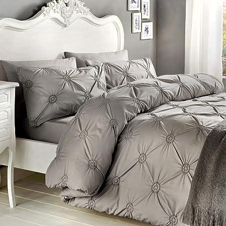 Catherine Lansfield Damask Jacquard Silver Grey Super King Duvet Quilt Cover Set
