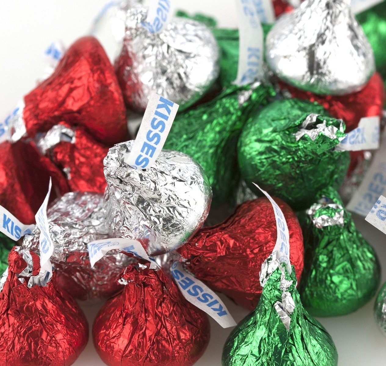 Amazon.com : Hershey Chocolate Kisses - Red, Green & Silver ...