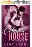 Men of the House: A MMF Romance (English Edition)