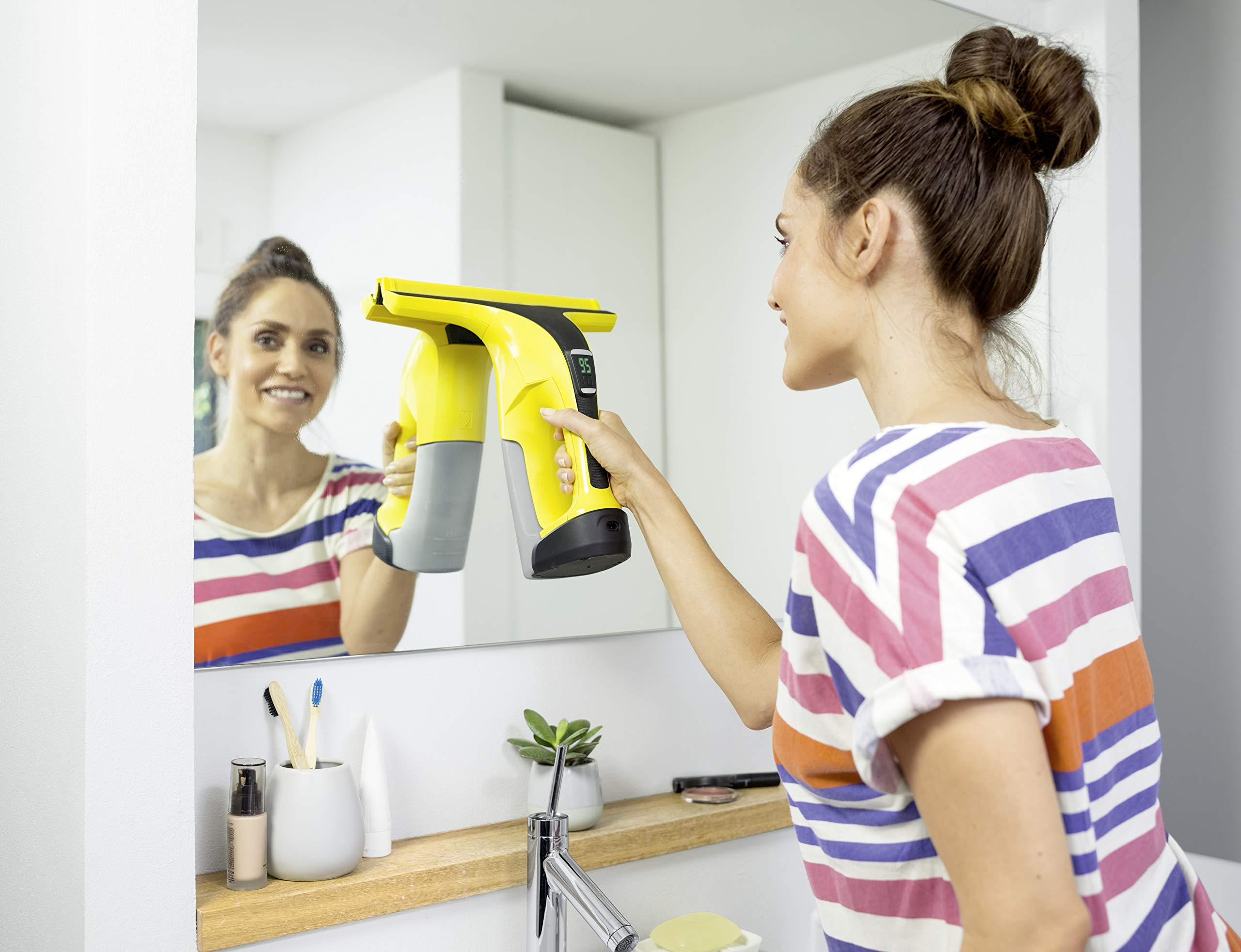 240 V 10 W Yellow//Black K/ärcher 16332200 WV 2 Plus Window Vac