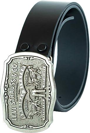 Cinturón de cuero con hebilla envejecida de cierre a presión con el logo de los dos caballos.