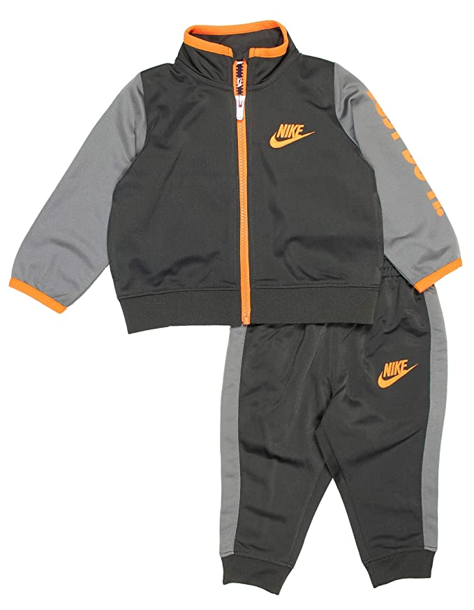 c4e69441f Amazon.com: Nike Baby Boys' 2-Piece Tracksuit: Sports & Outdoors