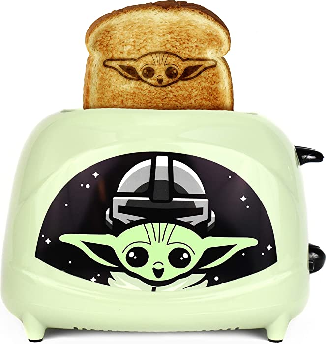 Uncanny Brands Star Wars The Mandalorian The Child 2-Slice Toaster- Toasts Baby Yoda onto Your Toast