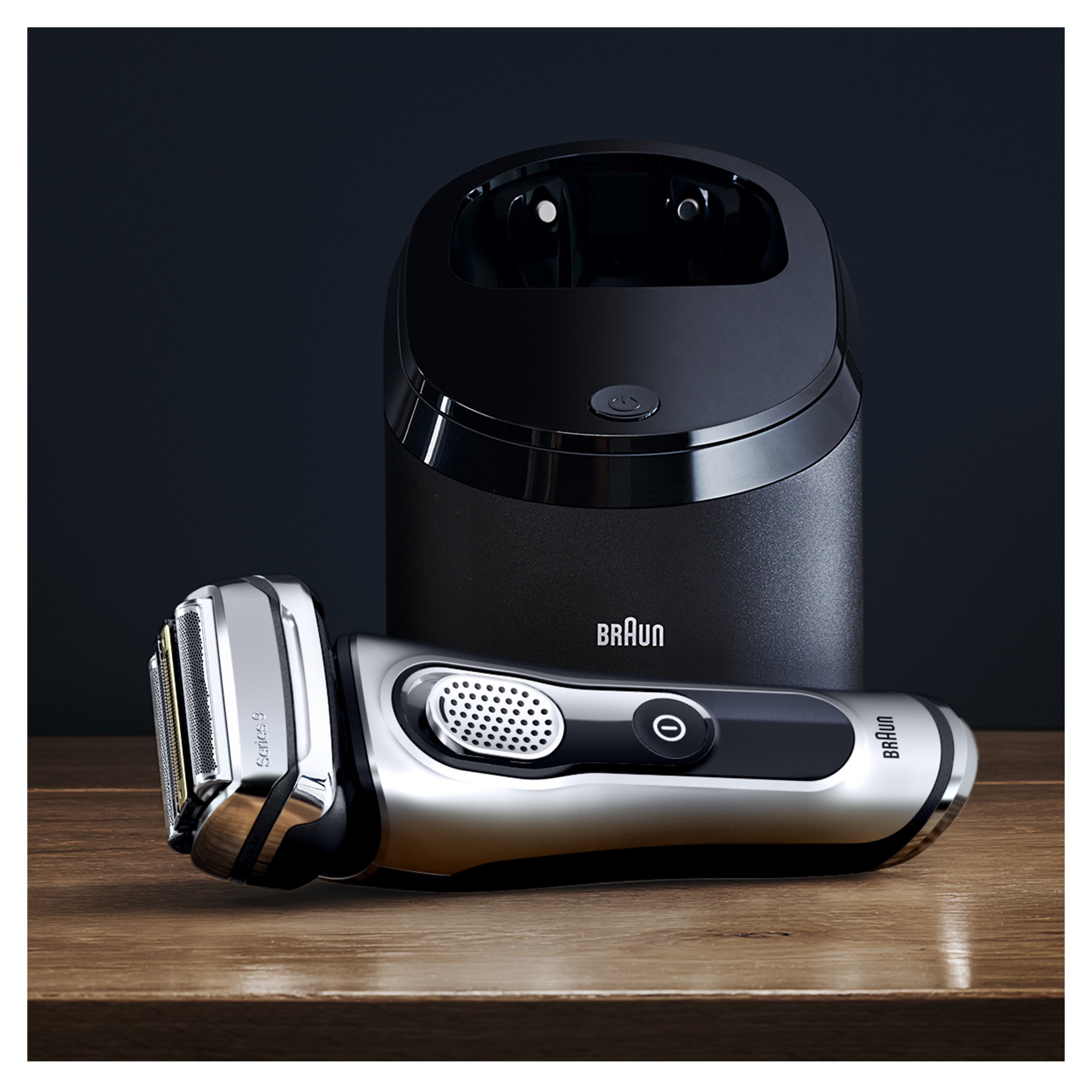 Braun Series 9290CC Men's Electric Foil Shaver / Electric Razor, Wet & Dry, Travel Case with Clean & Charge System by Braun (Image #1)