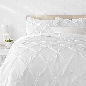 AmazonBasics Pinch Pleat Comforter Set - Full/Queen, Bright White