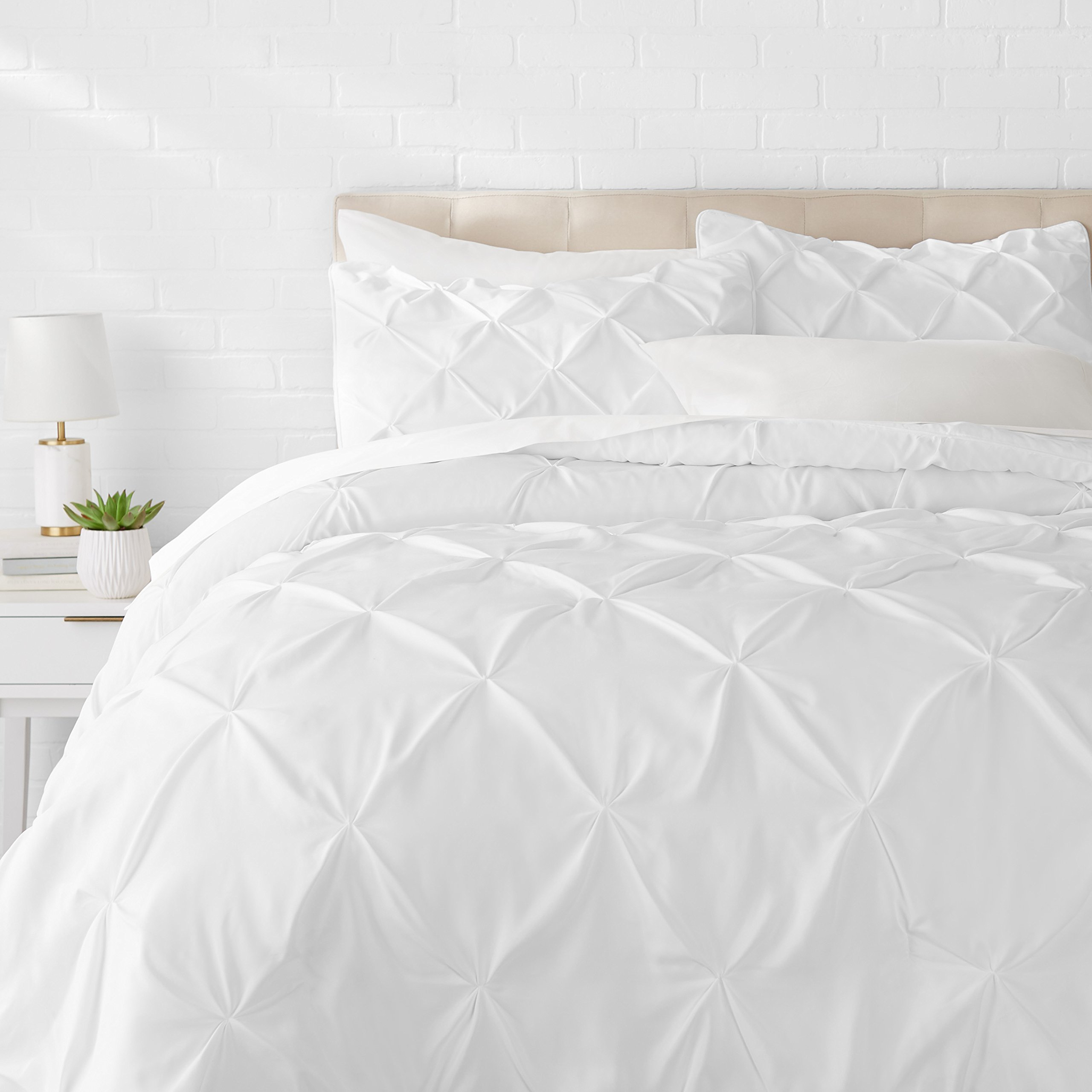 AmazonBasics Pinch Pleat Comforter Set - Full/Queen, Bright White by AmazonBasics
