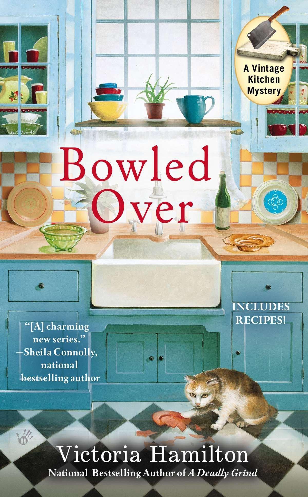 Bowled Over (Vintage Kitchen Mysteries): Amazon.co.uk: Victoria Hamilton:  9780425251928: Books