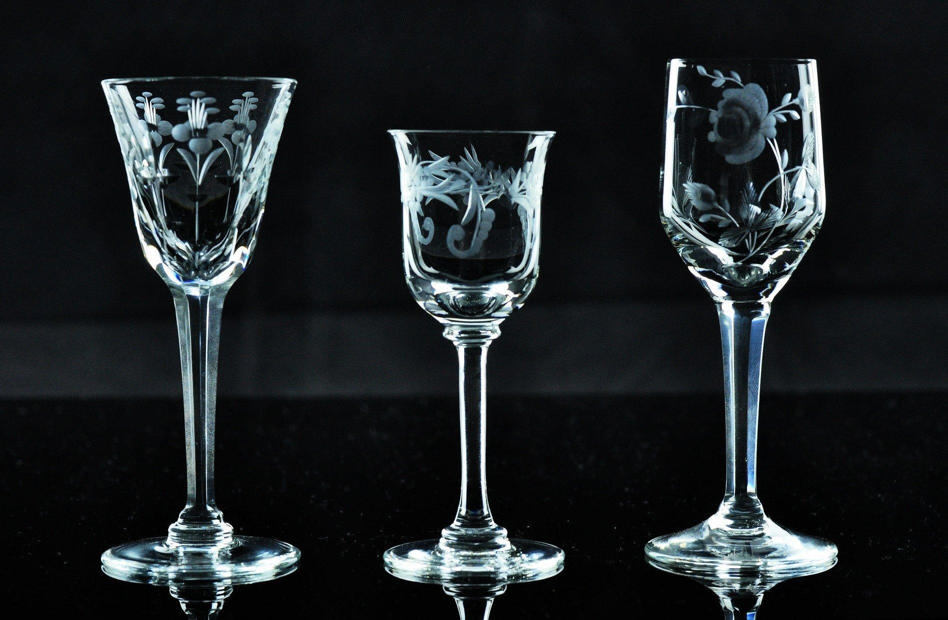 Kusak Cut Glass Works Stonewheel Engraved Hand Cut Crystal Cordial Glasses