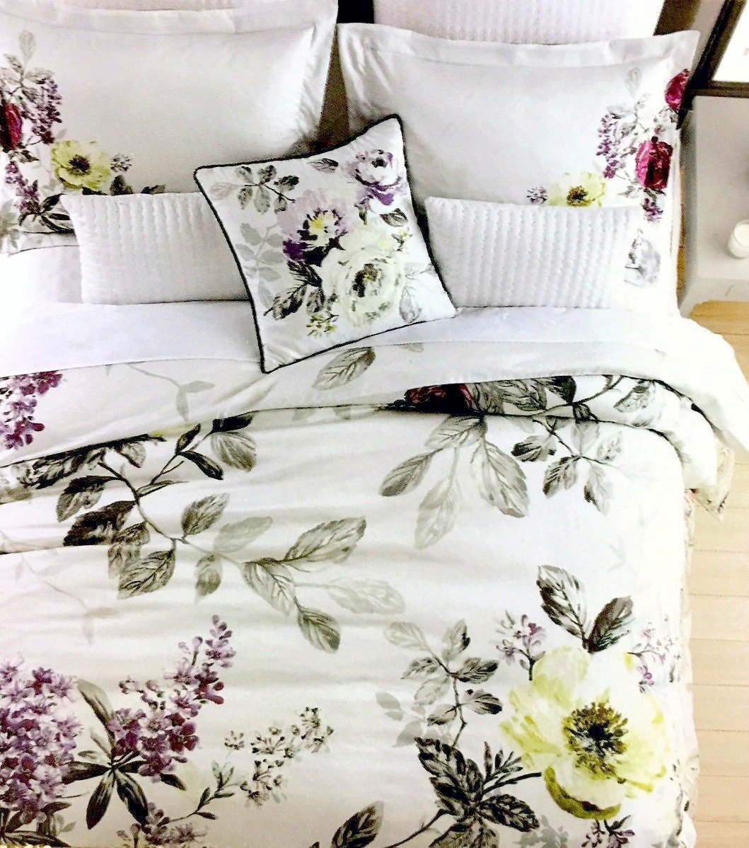 Tahari Home Vintage Botanical Wild Flower Print Duvet Quilt Cover 100-percent Cotton Bedding Set Colorful Floral Branches Drawing of Summer Blossoms (Queen, Mauve Purple) by Tahari Home