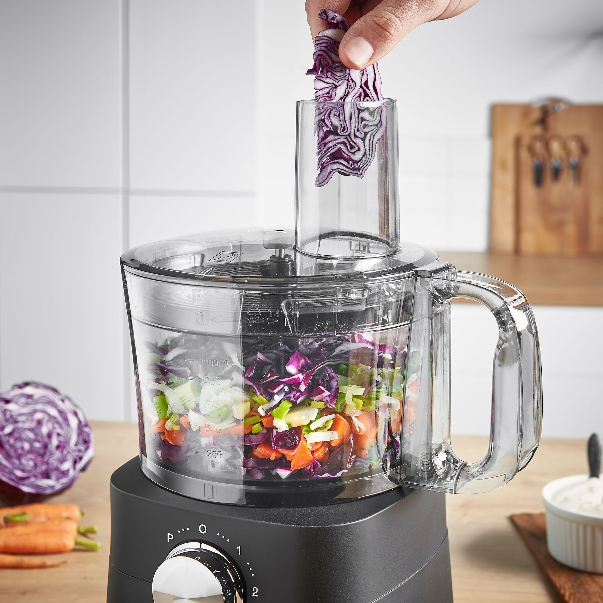 VonShef Food Processor, 8 Cup, Blender, Chopper, Multi Mixer Combo with Chopping Blade and Shredder Attachments, 500 Watts by VonShef (Image #3)