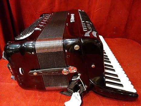 Used Borsini moderno extendido teclado negro Piano acordeón ...